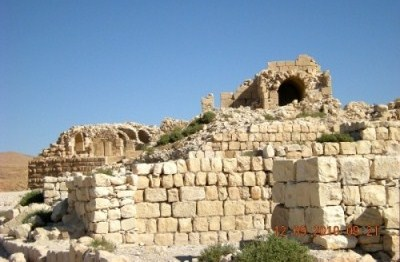Thumbnail image for Pictures/CompanyProfileLargeImageGallery/24052012_124956Shobak castle (3).jpg