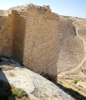 Thumbnail image for Pictures/CompanyProfileLargeImageGallery/24052012_125215Shobak castle (16).jpg