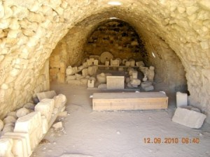 Thumbnail image for Pictures/CompanyProfileLargeImageGallery/24052012_125514Shobak castle (37).jpg